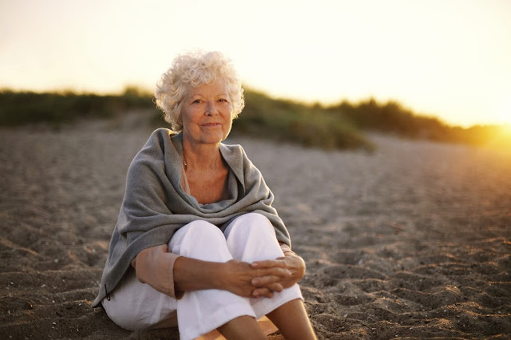 Woman-sitting-Rheumatoid-arthritis