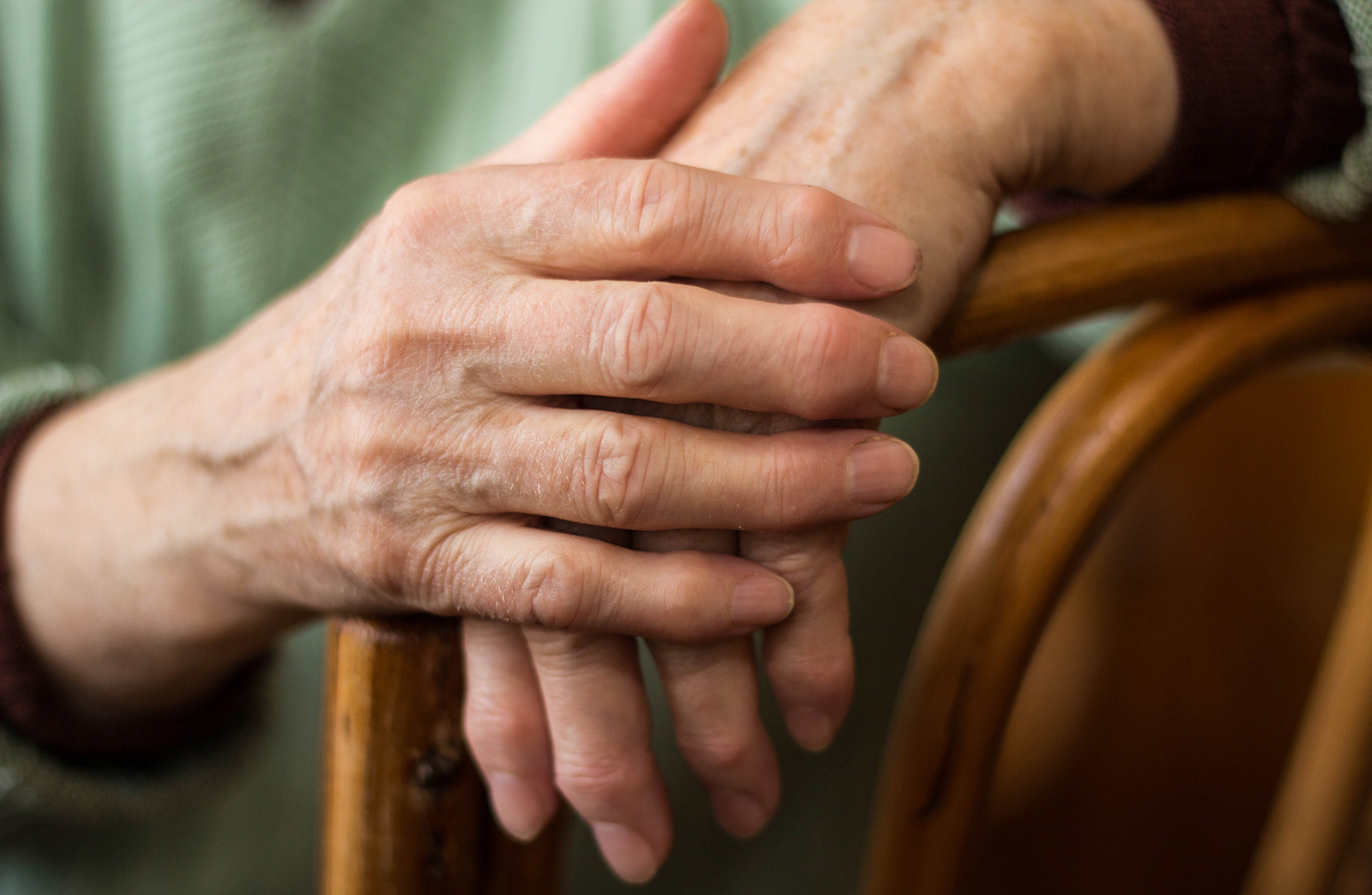Rheumatoid Arthritis Often Affects the Joints in Your Hands