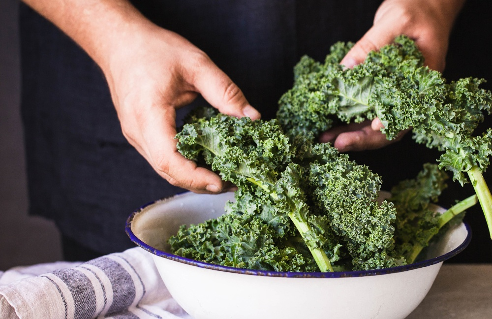 Kale is high in Vitamin A, making a great food to add to your diet to speed up wound healing